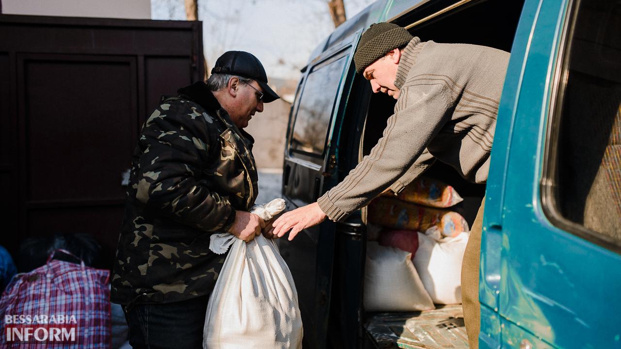 SME_4471 Сегодня из Измаила выехало две партии гуманитарного груза для жителей Авдеевки