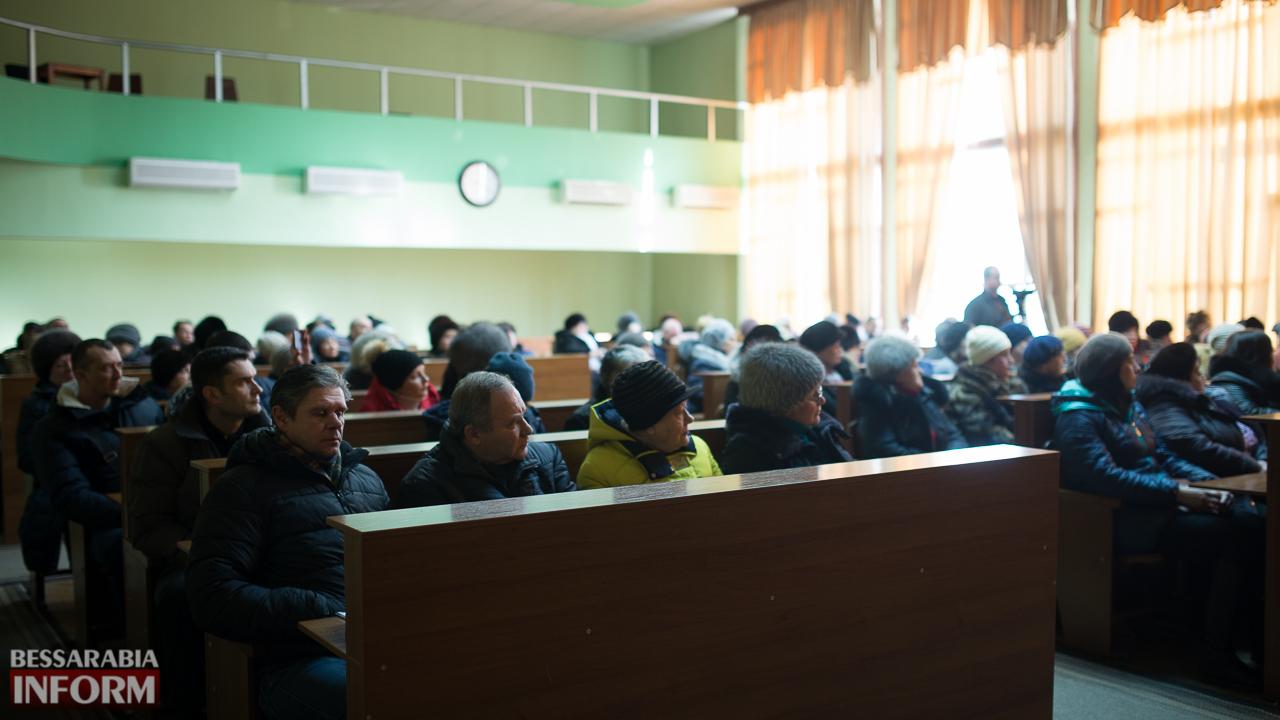 """SME_4726 Измаил: """"рыночный Майдан"""" отменяется - с реконструкцией решили повременить"""