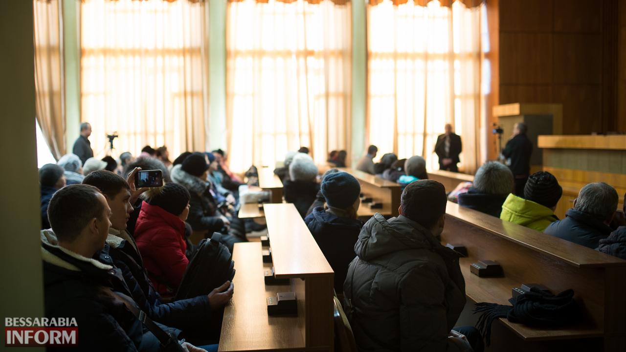 """SME_4727 Измаил: """"рыночный Майдан"""" отменяется - с реконструкцией решили повременить"""