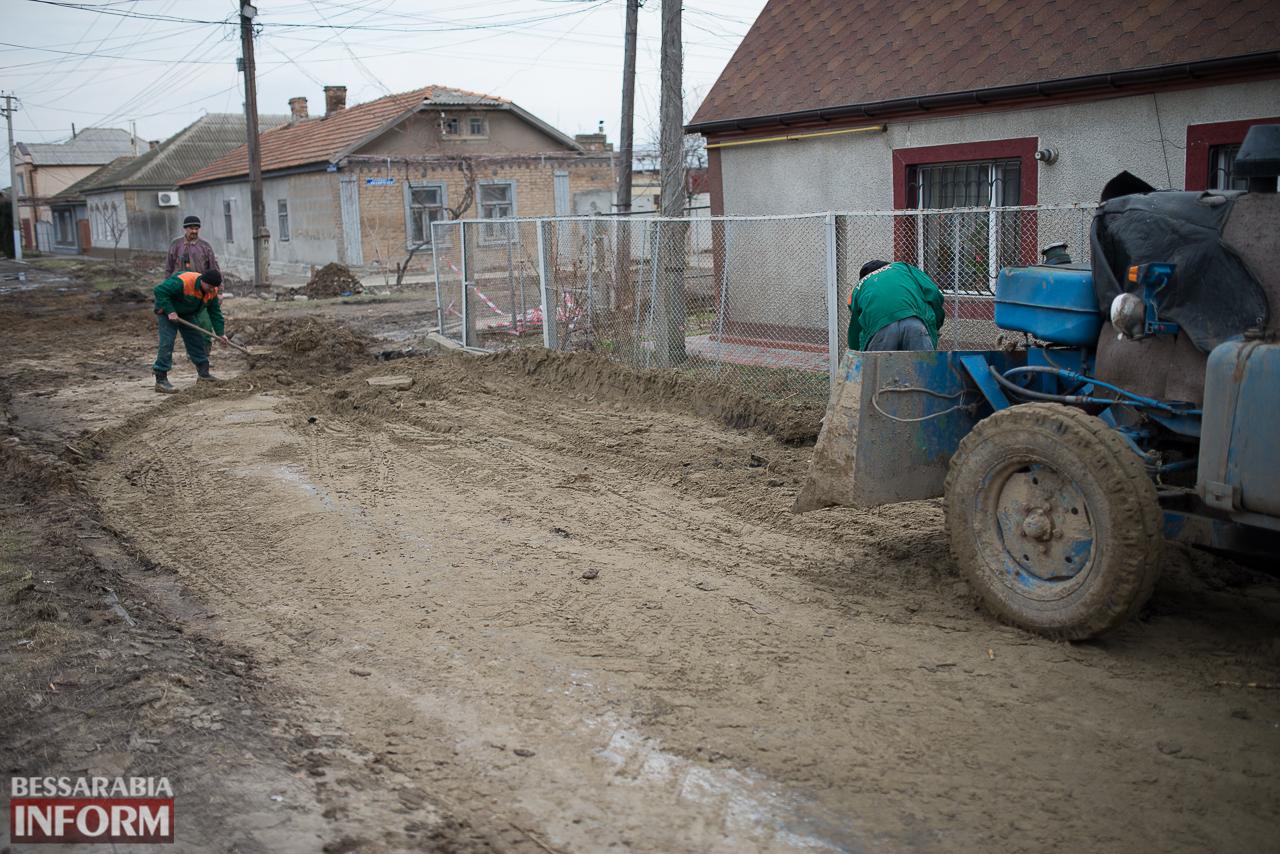 SME_6800 В Измаиле из-за аварии на водопроводе в частном секторе несколько домов пошли огромными трещинами (ФОТО)