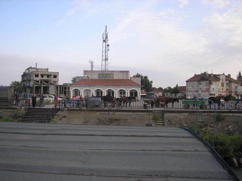 v9kjv-LOf5w А на том берегу: румынская тезка украинской Килии (фото)