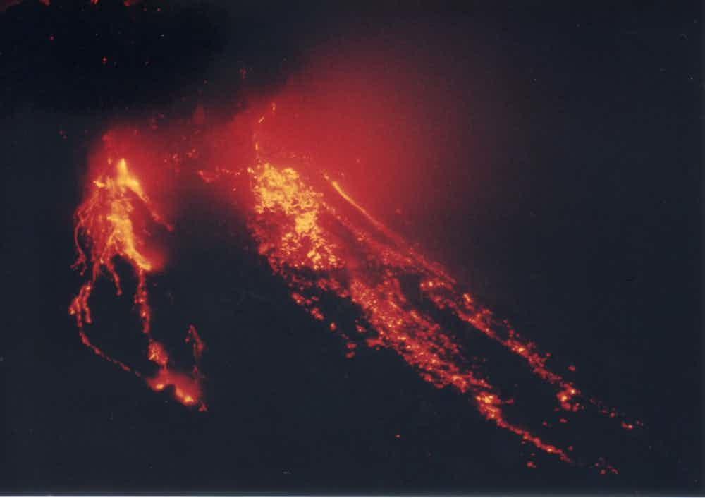 11 15 самых опасных действующих вулканов
