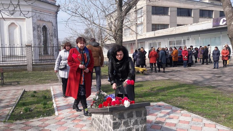 17309105_264847777295013_7795037225428037543_n-e1489503039951 День украинского добровольца в Килии отметили торжественной церемонией возложения цветов (фото)