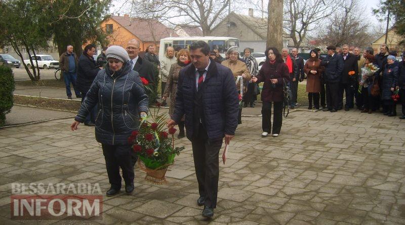 58b970923c418_S6007095 День освобождения Болгарии в Измаиле: без гимнов и при приспущенных флагах (ФОТО)