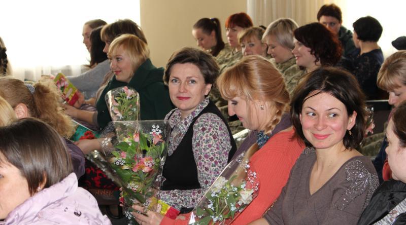 Пограничники Белгород-Днестровского отряда  поздравили женщин с 8 Марта
