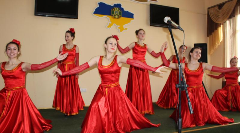 IMG_3345 Пограничники Белгород-Днестровского отряда  поздравили женщин с 8 Марта