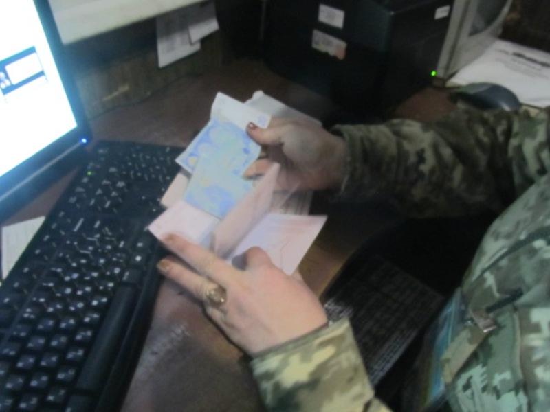 За сутки Белгород-Днестровским пограничникам четырежды предлагали взятки (ФОТО)