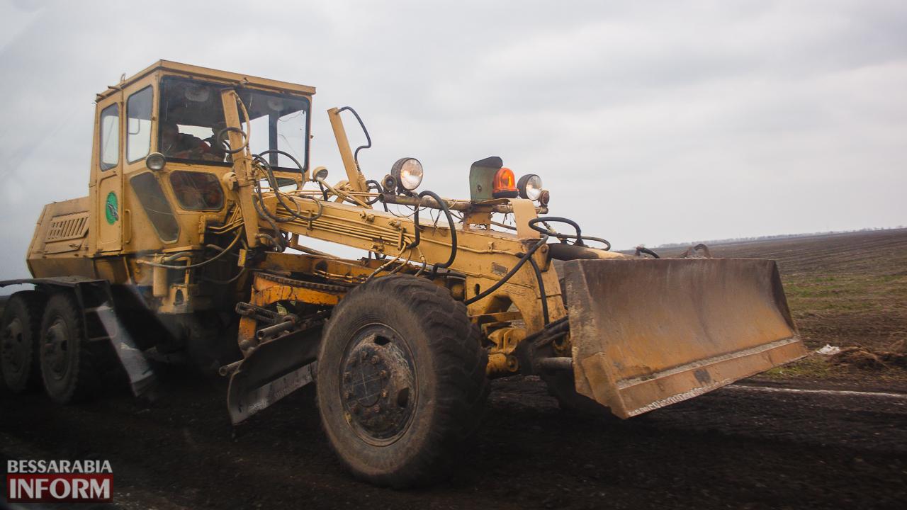 IMG_7526 Дорожники возобновили работы по ремонту трассы Одесса-Рени