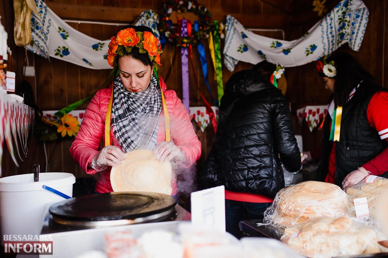 SME_7123 Как в Измаиле встречали весну: гулянья, спортивные забавы, угощения и концерт (фоторепортаж)