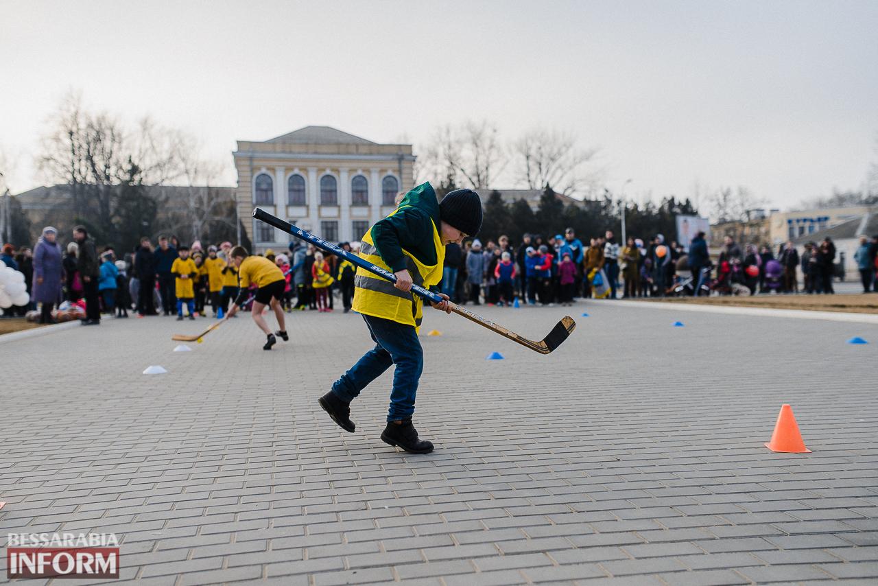 SME_7214 Как в Измаиле встречали весну: гулянья, спортивные забавы, угощения и концерт (фоторепортаж)
