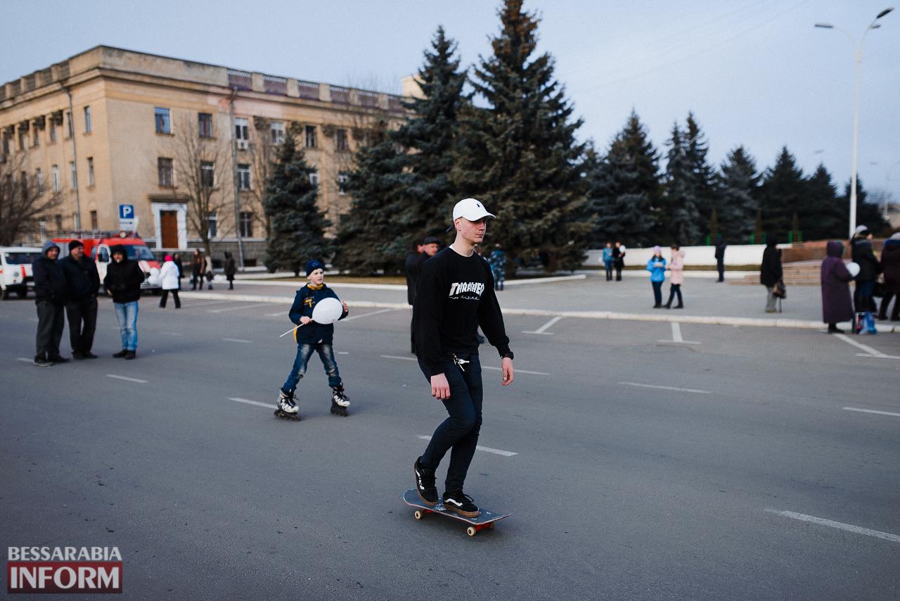 SME_7280 Как в Измаиле встречали весну: гулянья, спортивные забавы, угощения и концерт (фоторепортаж)