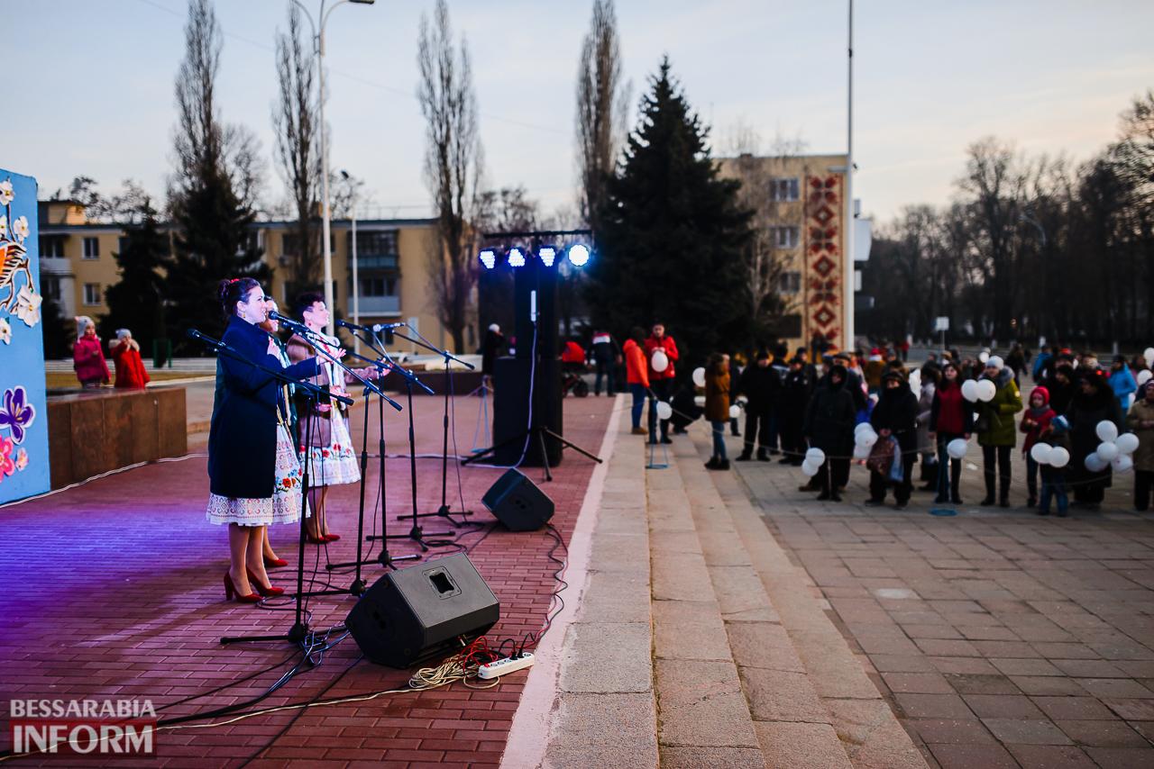 SME_7314 Как в Измаиле встречали весну: гулянья, спортивные забавы, угощения и концерт (фоторепортаж)