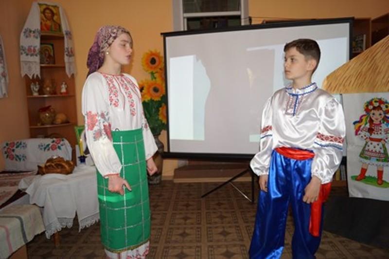 dsc00295 В Болградской районной библиотеке создали отдел украинской литературы и культуры