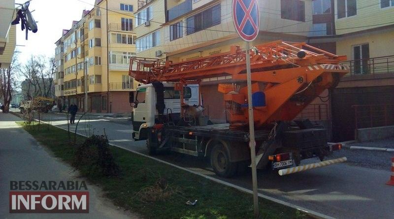 remont-dorog-Izmail В Измаиле стартовал сезон ремонта дорог: начали с улицы Бессарабской (ФОТО)
