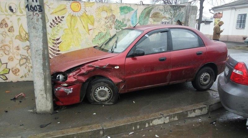 tBUj-g1vdRM В Измаиле столкнулись Daewoo и Chevrolet (фото)