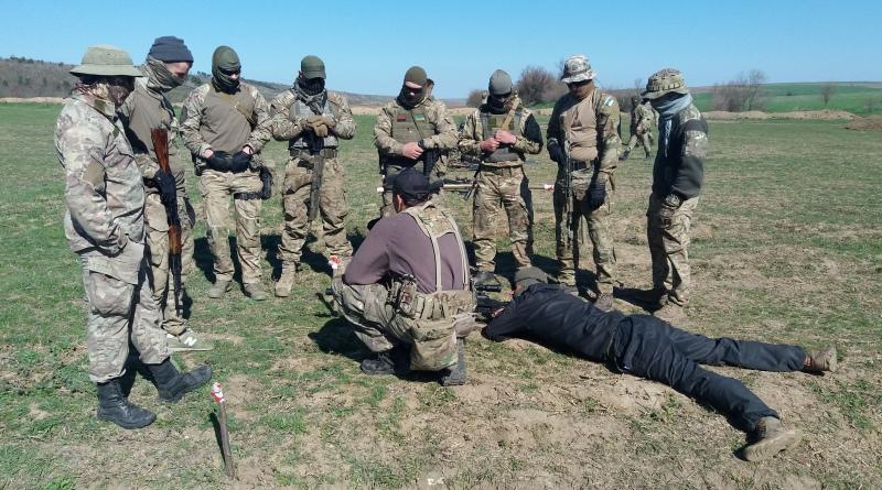 На полигоне возле Рени пограничники и полиция проводят совместные учения по снайперской подготовке
