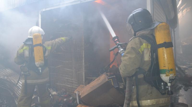 DSC_0013 Масштабный пожар на одесском рынке: выгорело 143 павильона