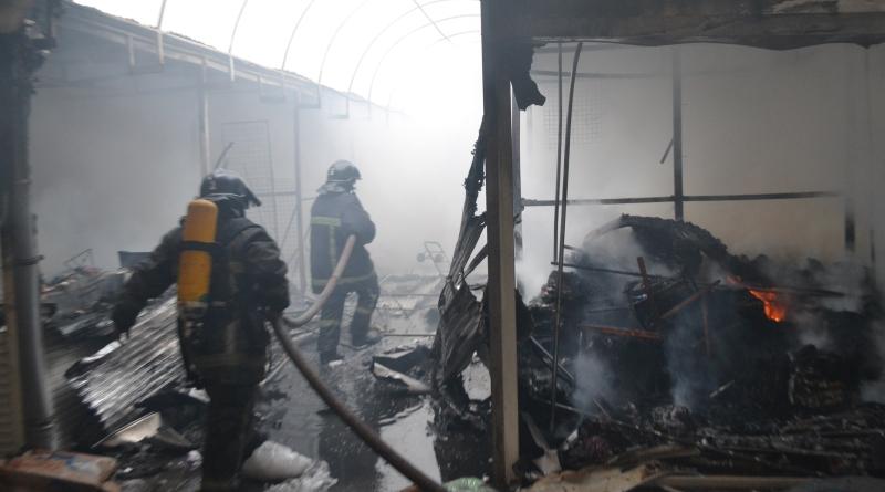 DSC_0015 Масштабный пожар на одесском рынке: выгорело 143 павильона