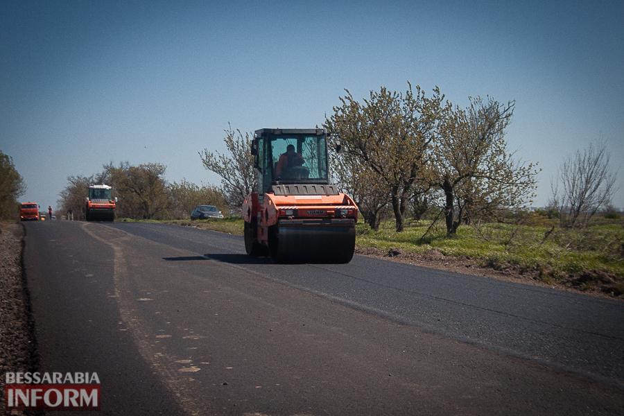 """Как восстанавливают дороги в Бессарабии: эксклюзивный репортаж о работе компании """"Евродор"""""""