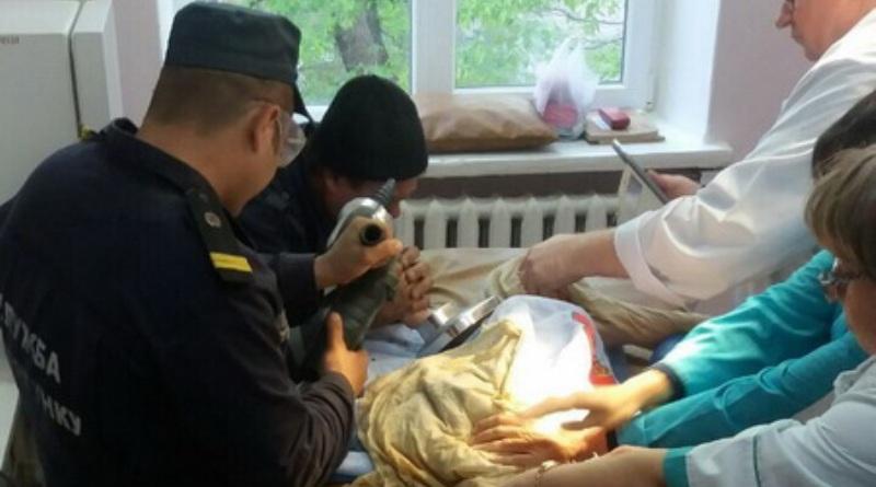 В Белгород-Днестровском у двухлетнего ребенка застряла рука в соковыжималке