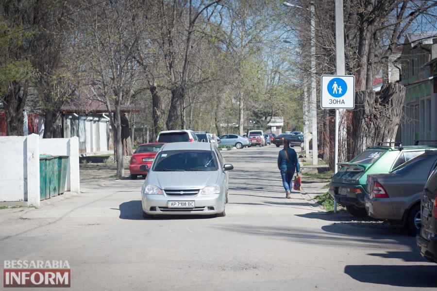 IMG_8615 Фотофакт: пешеходную улицу в Измаиле захватили автомобилисты