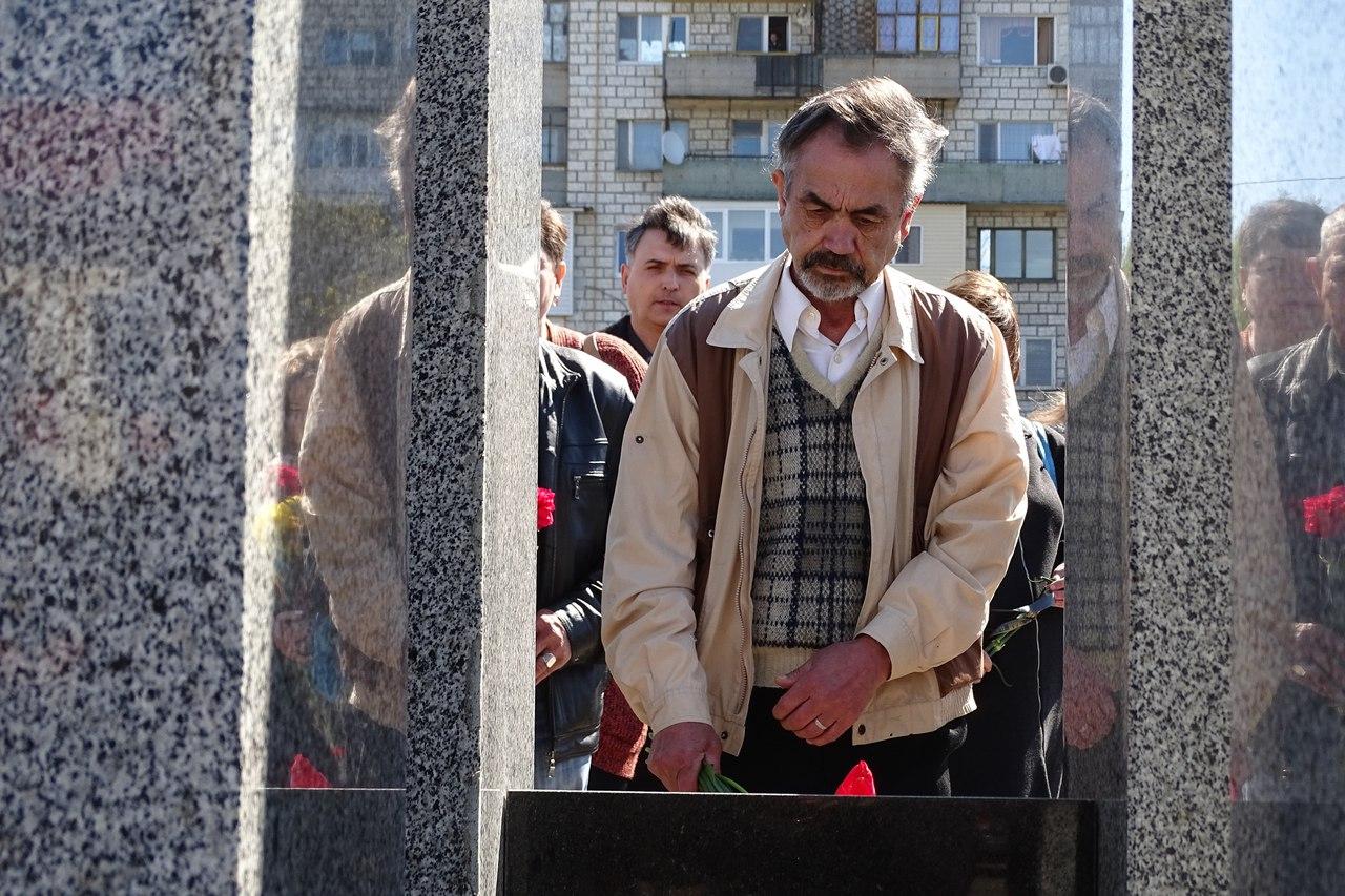 JKTrmJbtpYA 31-я годовщина аварии на Чернобыльской АЭС: в Измаиле прошел памятный митинг