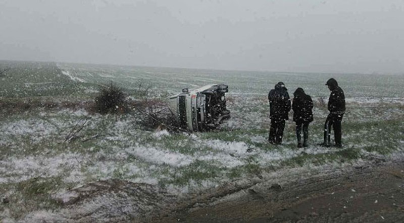 На трассе в Болградском районе перевернулась маршрутка с пассажирами
