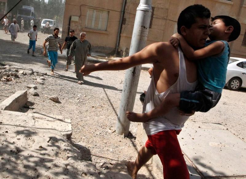 gazsiria12-800x580 В Сирии от газовой атаки погибло более 100 человек (фото, видео +18)