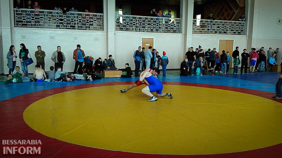kz7mns2Hwgk В Измаильском районе прошел крупный Международный турнир по вольной борьбе