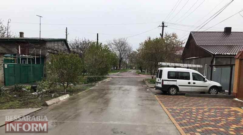 """proval-v-Izmaile В Измаиле дом многодетной семьи может рухнуть под землю, а у коммунальщиков - """"короткий рабочий день"""" (обновлено)"""