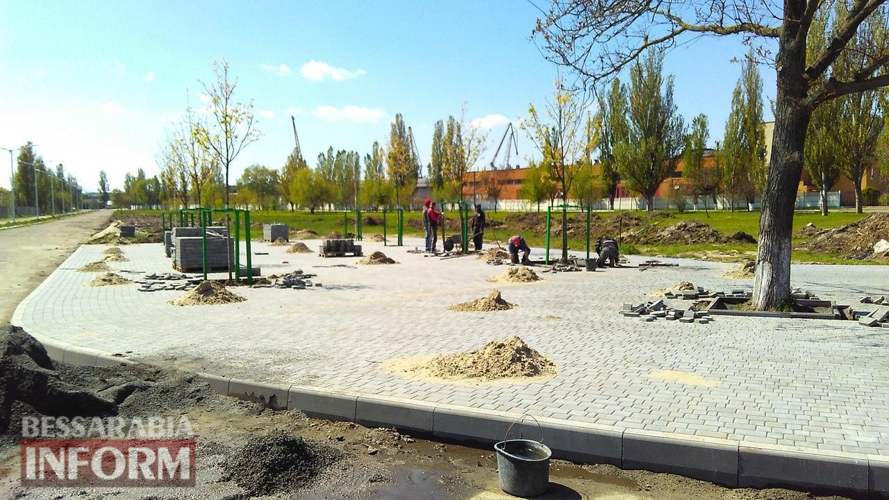 remont-trotuarov-10 Тротуарный бум в Измаиле: в городе массово ремонтируют пешеходные дорожки