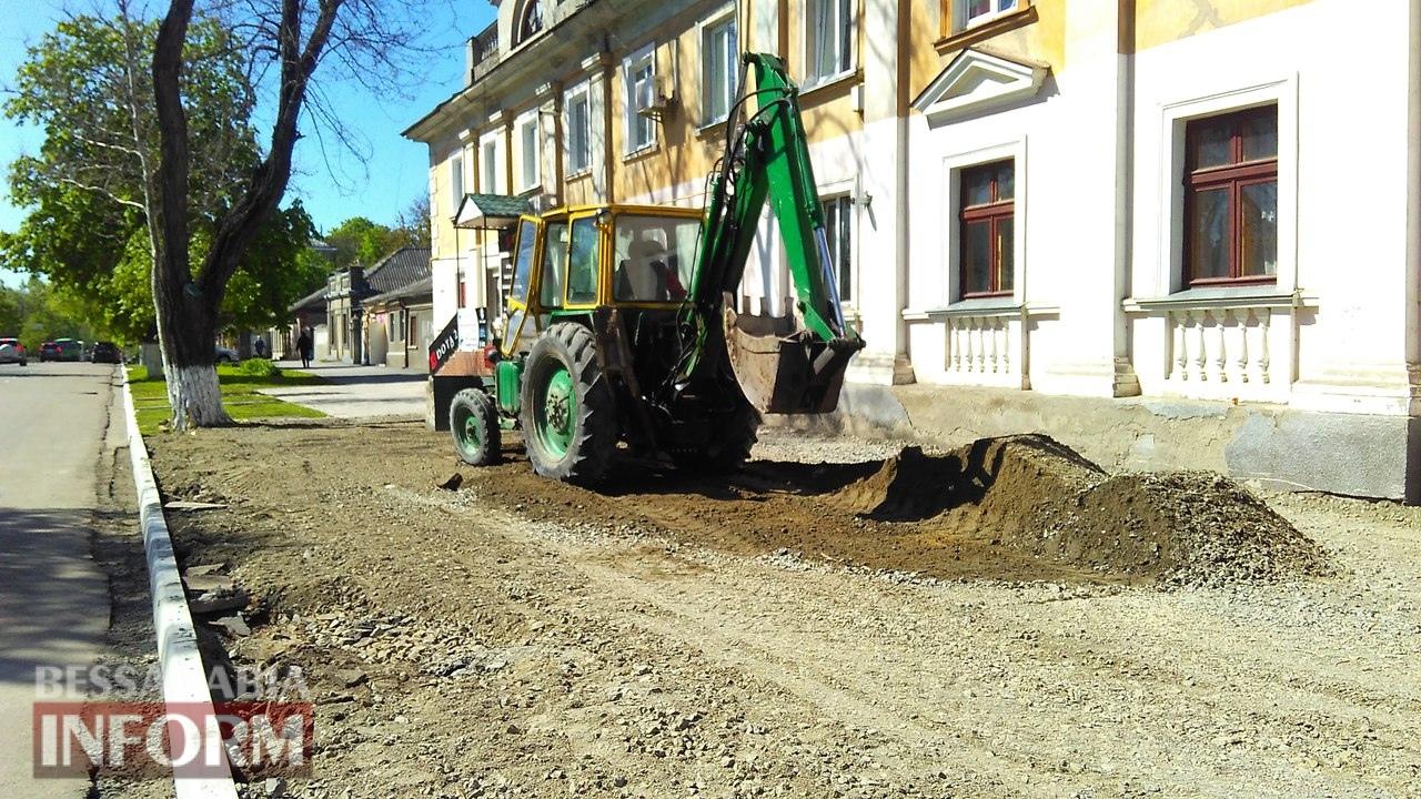 remont-trotuarov-2 Тротуарный бум в Измаиле: в городе массово ремонтируют пешеходные дорожки