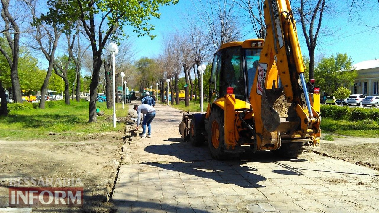remont-trotuarov Тротуарный бум в Измаиле: в городе массово ремонтируют пешеходные дорожки