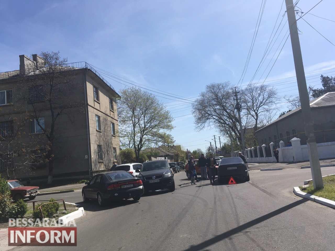 trojnoe-DTP Измаил: на Белгород-Днестровской произошло тройное ДТП