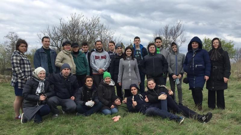 w4QecChBIrA ЛЕВ в Килии: волонтеры приложили руку к восстановлению древнего еврейского кладбища