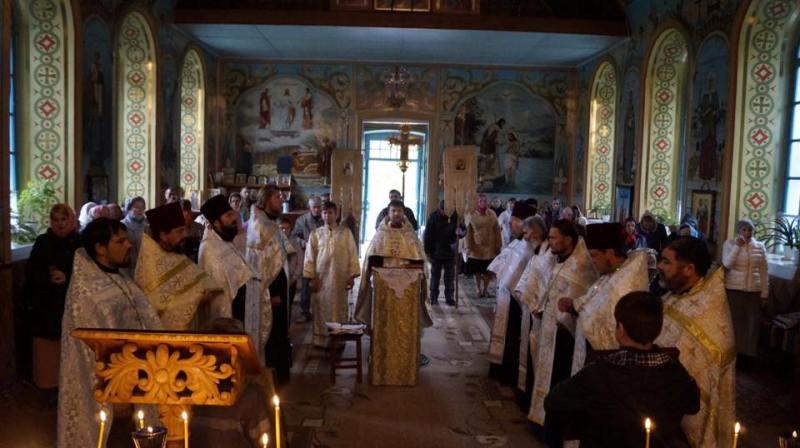 18342066_1347987695279878_2999617267409545756_n Крестный ход в Килии: священнослужители и прихожане обошли святые места города