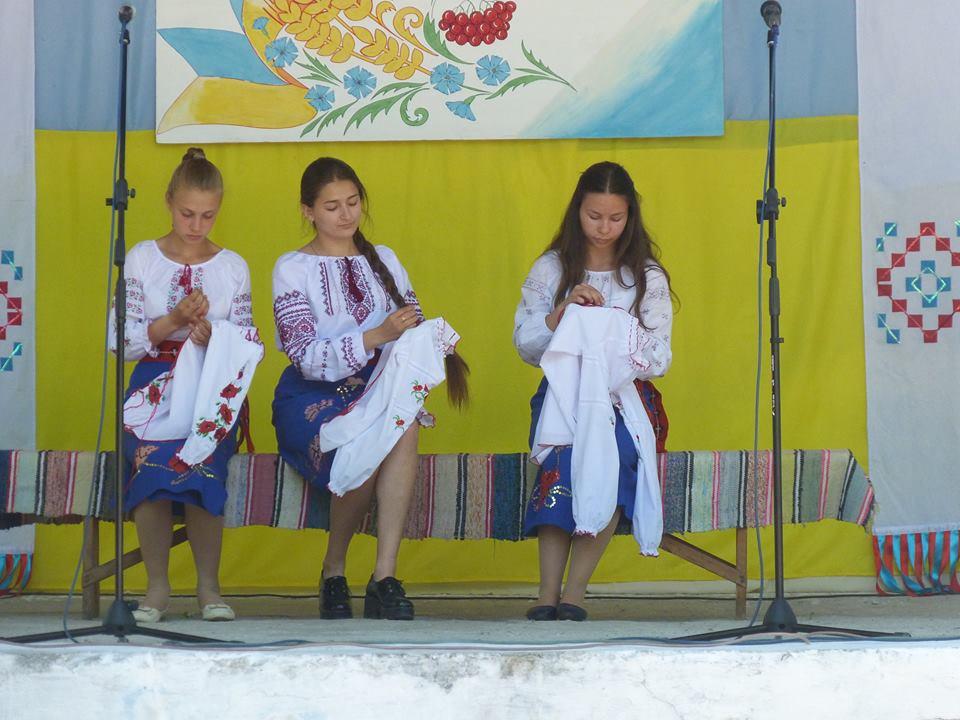 Жители Килии отметили День вышиванки - – праздник формирования национального самосознания