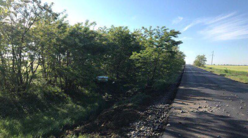 """В Килийском районе водитель """"Волги"""" пытался обкатать новую дорогу Спасское-Вилково и остался без машины"""