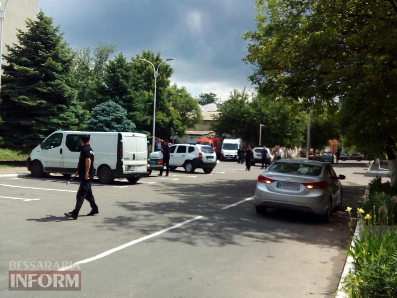 592157705979f_34636 Антитеррористические учения в Измаиле: возле здания городского совета обнаружен подозрительный предмет