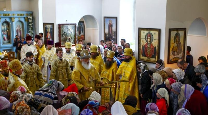 73O1965 Измаильские верующие отпраздновали день памяти святителя Николая Чудотворца