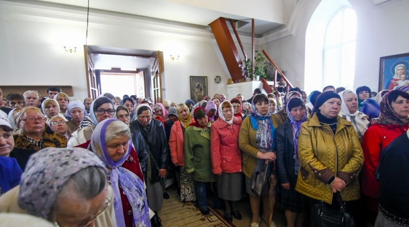 73O2000 Измаильские верующие отпраздновали день памяти святителя Николая Чудотворца