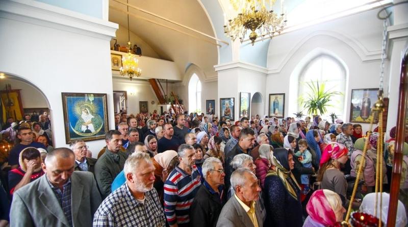 73O20742 Измаильские верующие отпраздновали день памяти святителя Николая Чудотворца