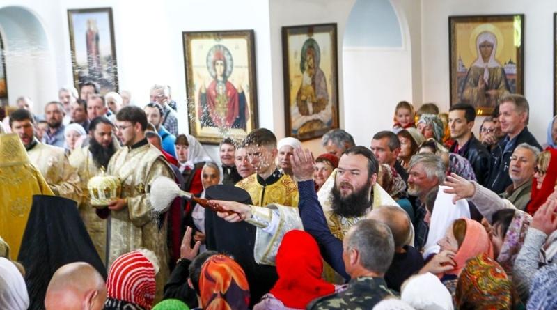 73O2143 Измаильские верующие отпраздновали день памяти святителя Николая Чудотворца