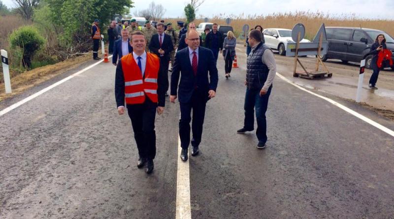Максим Степанов и Олег Варивода открыли объездную дорогу возле Паланки