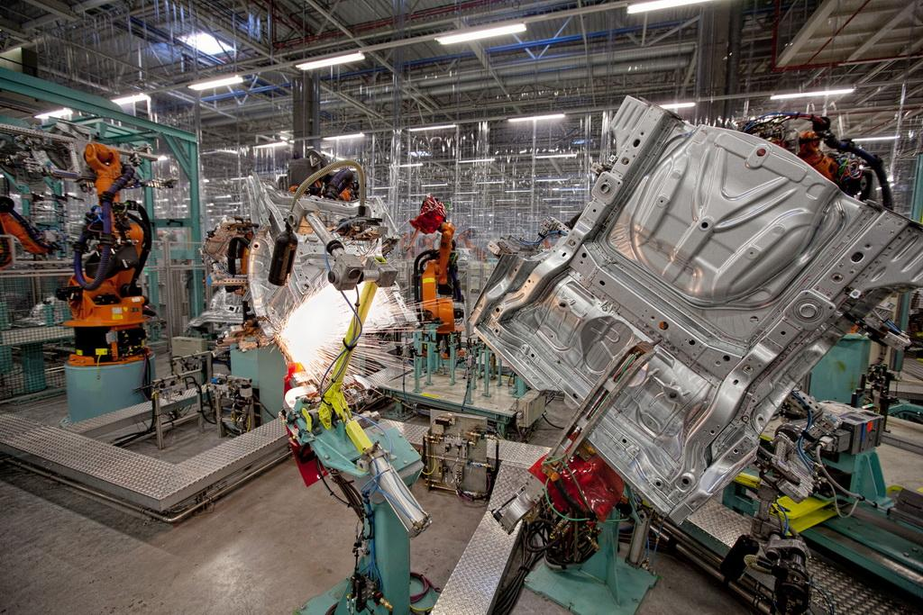 Mercedes-Benz-Kecskemet-Plant-10 Здесь рождаются звезды: репортаж с завода Mercedes-Benz
