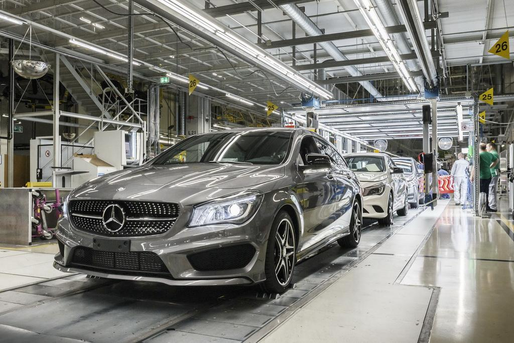 Здесь рождаются звезды: репортаж с завода Mercedes-Benz