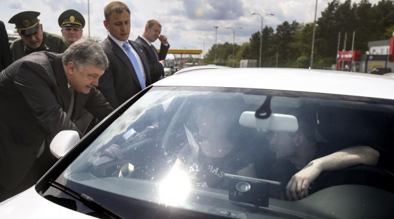 Порошенко против того, чтобы украинцы ездили на нерастаможенных автомобилях