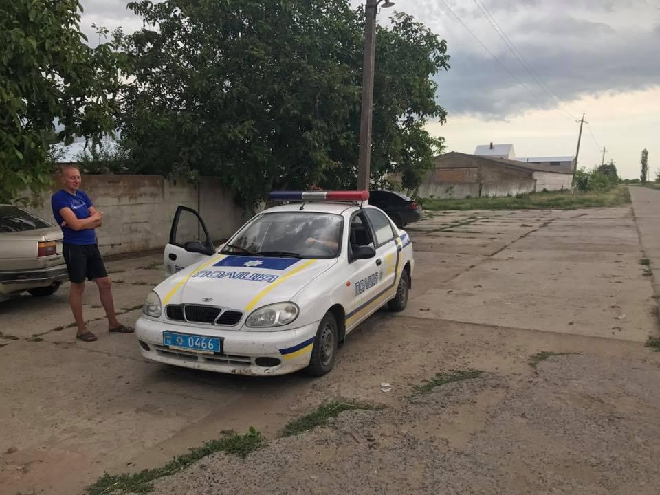 Глава Килийского райсовета лично поймал две перегруженные фуры на дорогах района