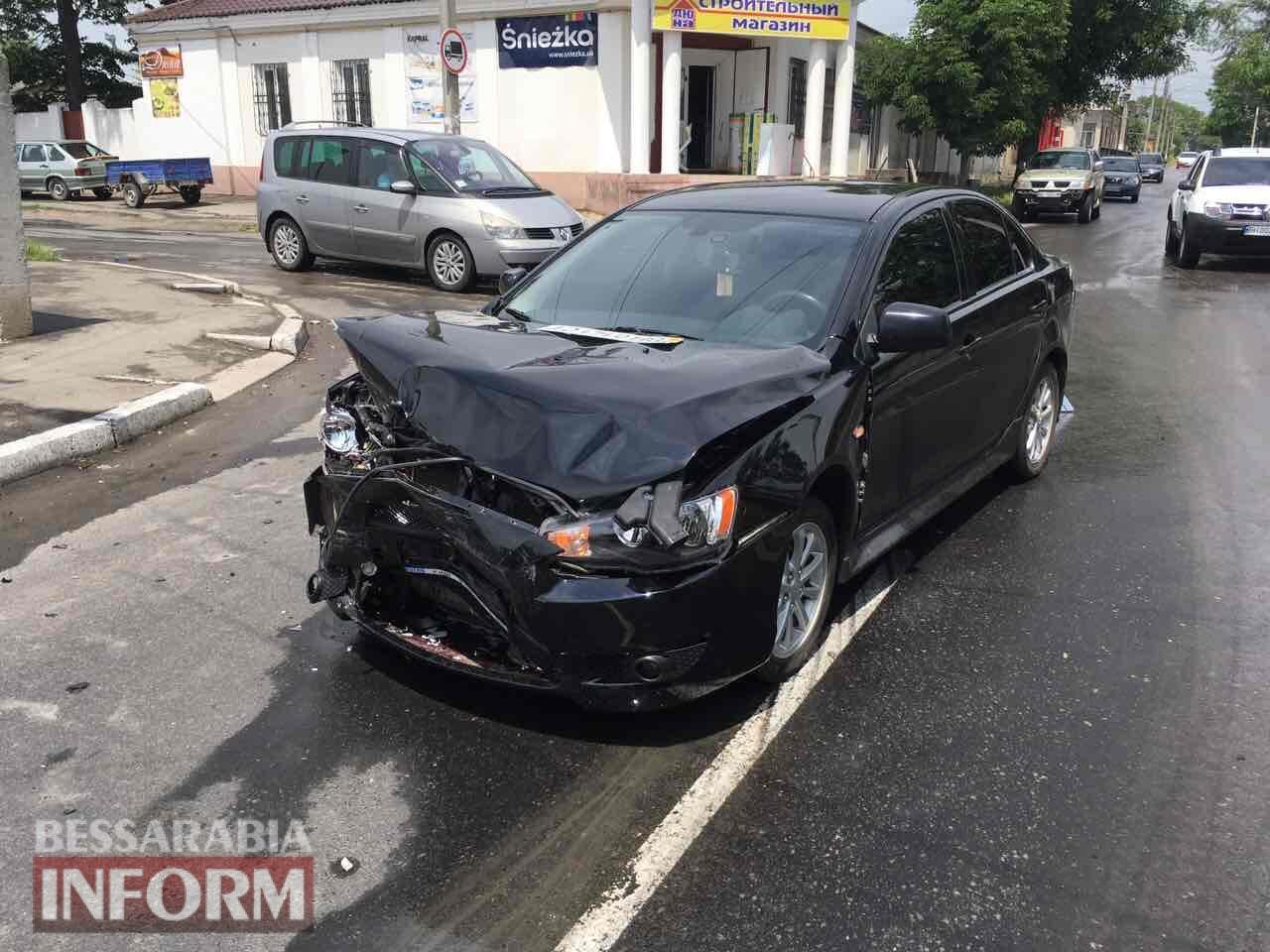 В Измаиле на одном из самых аварийно-опасных перекрестков произошло очередное ДТП