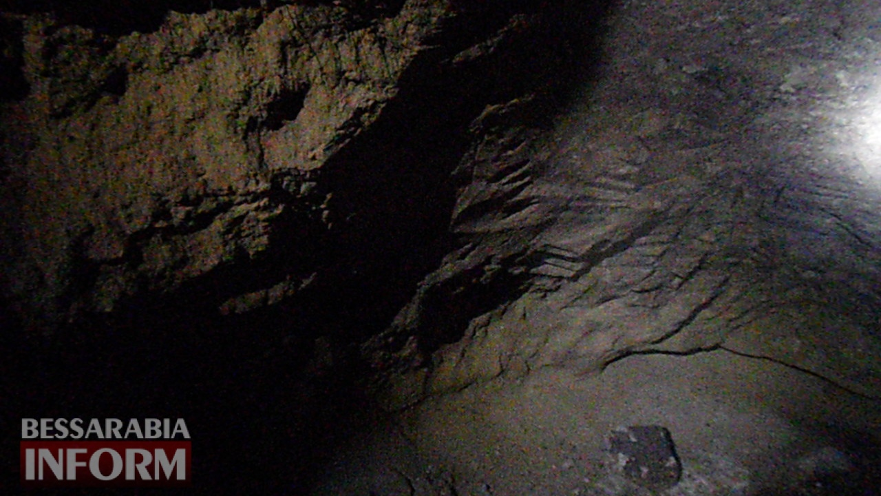 Болградский р-н: в результате очередного обвала в селе Кубей были обнаружены новые подземные ходы